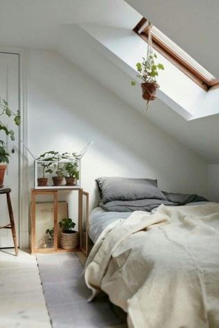 Relaxing Small Loft Bedroom Designs 41