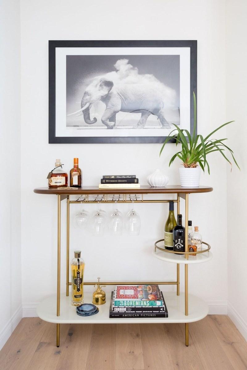 Wonderful Apartment Coffee Bar Cart Ideas 36
