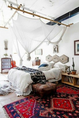 Wonderful Bohemian Design Decorating Ideas For Bedroom 37