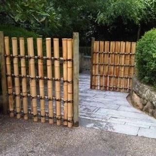 Cute Garden Fences Walls Ideas 13