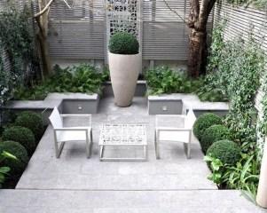 Cute Garden Fences Walls Ideas 21