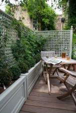Cute Garden Fences Walls Ideas 46