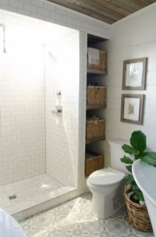 Elegant Bathroom Makeovers Ideas For Small Space 05