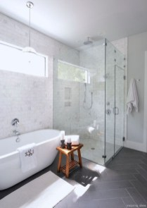 Elegant Bathroom Makeovers Ideas For Small Space 12