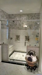 Elegant Bathroom Makeovers Ideas For Small Space 47