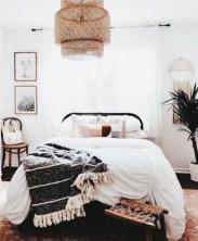 Elegant Farmhouse Decor Ideas For Bedroom 04