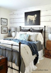 Elegant Farmhouse Decor Ideas For Bedroom 42