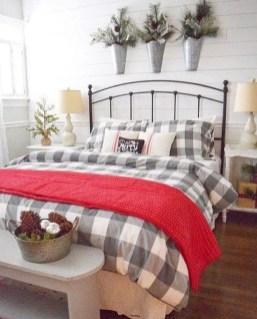 Elegant Farmhouse Decor Ideas For Bedroom 46