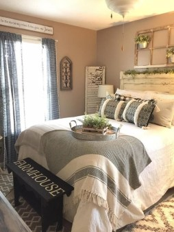 Elegant Farmhouse Decor Ideas For Bedroom 53