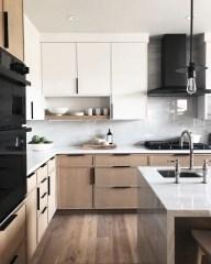 Gorgeous Traditional Kitchen Design Ideas 18