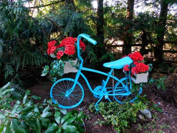 Incredible Autumn Decorating Ideas For Backyard 48