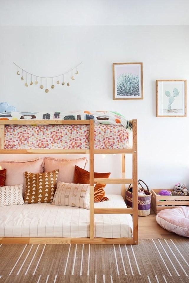 Inspiring Shared Kids Room Design Ideas 34