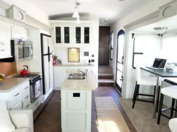 Latest Rv Hacks Makeover Table Ideas On A Budget 05