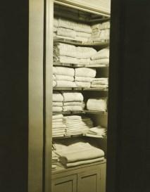 Luxury Towel Storage Ideas For Bathroom 49