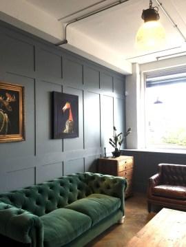 Popular Velvet Sofa Designs Ideas For Living Room 14