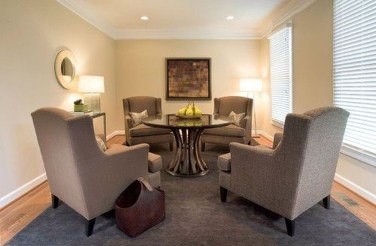 Striking Round Glass Table Designs Ideas For Dining Room 34