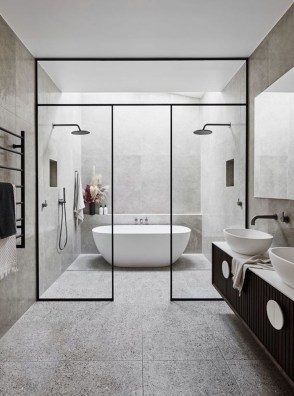 Unusual Small Bathroom Design Ideas 25