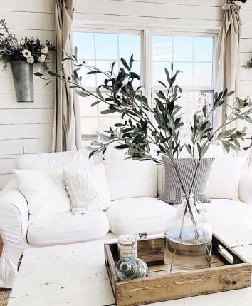 Cool Traditional Farmhouse Decor Ideas For House 15