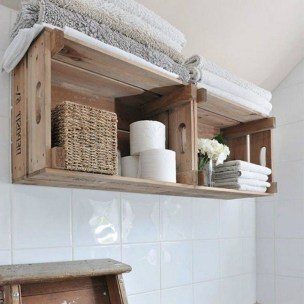 Cozy Small Bathroom Ideas With Wooden Decor 38