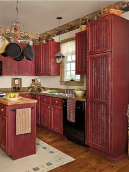 Creative Painted Kitchen Cabinets Design Ideas 14