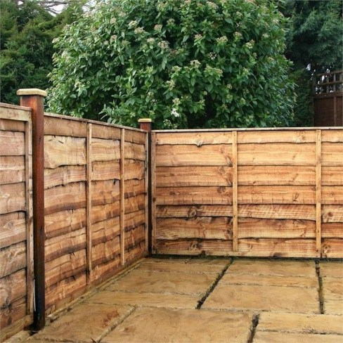 Cute Garden Fences Walls Ideas 30