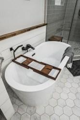 Elegant Bathtub Design Ideas 27