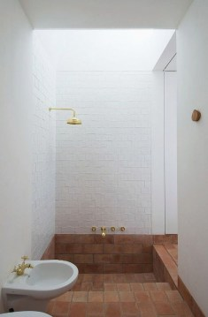 Elegant Bathtub Design Ideas 32