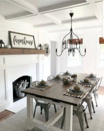 Fabulous White Farmhouse Design Ideas 04