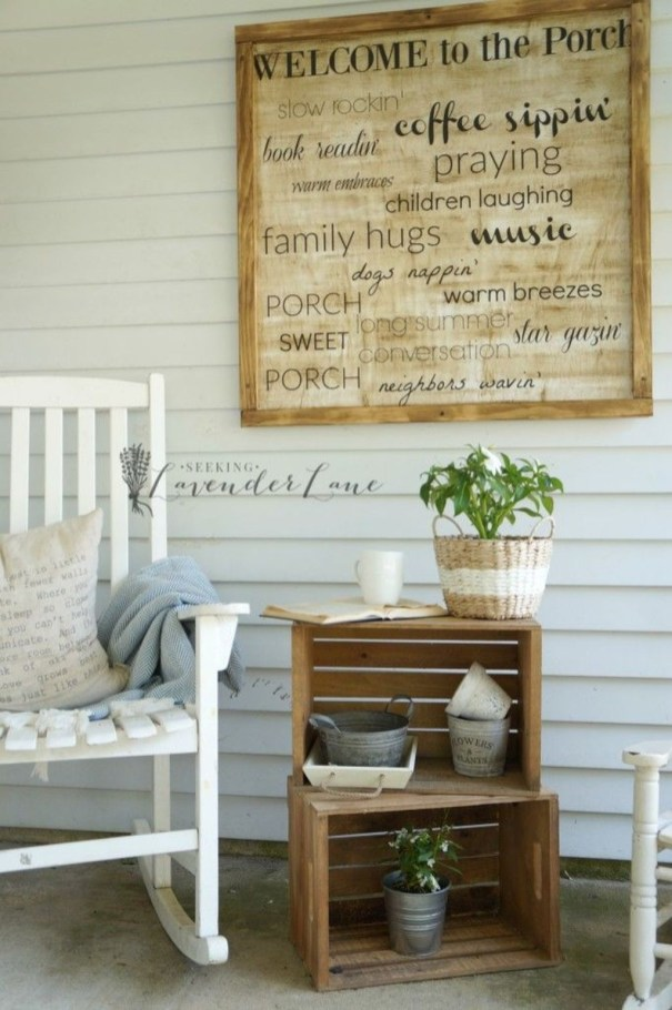 Fascinating Farmhouse Porch Decor Ideas 44