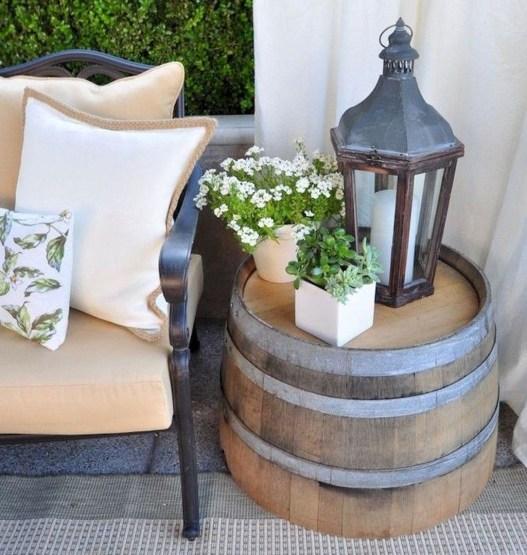 Fascinating Farmhouse Porch Decor Ideas 46