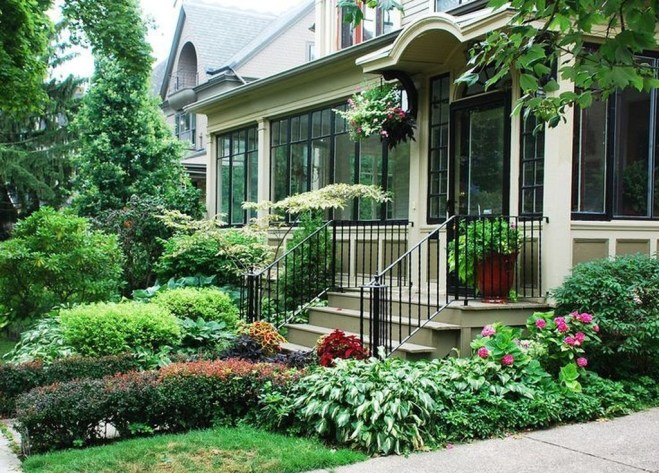 Gorgeous Front Yard Retaining Wall Ideas For Front House 13