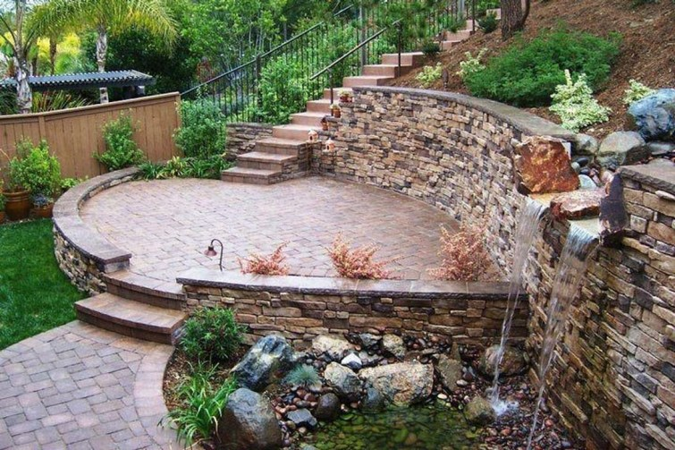 Gorgeous Front Yard Retaining Wall Ideas For Front House 25