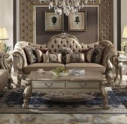 Impressive French Style Living Room Designs Ideas 29