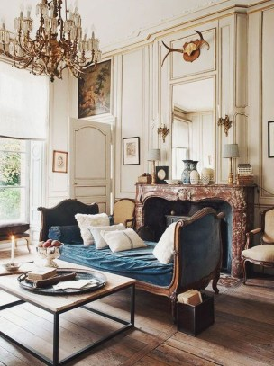 Impressive French Style Living Room Designs Ideas 30