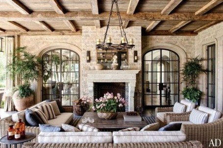 Impressive French Style Living Room Designs Ideas 51