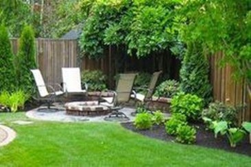 Incredible Autumn Decorating Ideas For Backyard 14