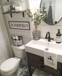 Popular Small Farmhouse Design Ideas To Style Up Your Home 47