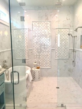Awesome Bathroom Shower Ideas For Tiny House 06