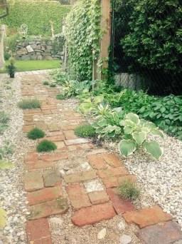 Best Ideas To Add A Bit Of Phantasy For Garden 46