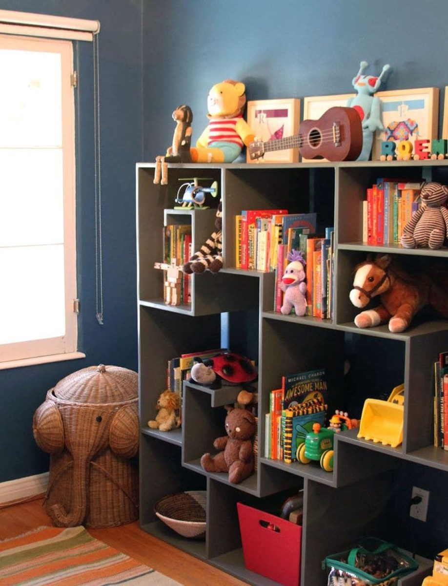 Cozy Bookcase Ideas For Kids Room 08