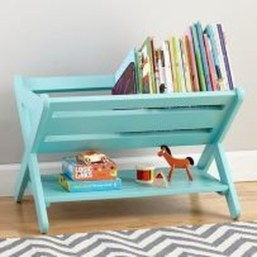 Cozy Bookcase Ideas For Kids Room 32