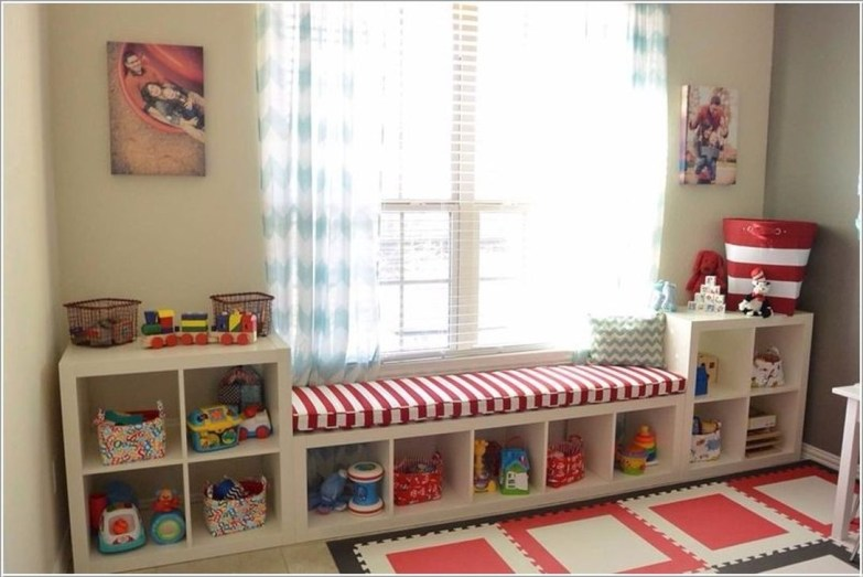 Cozy Bookcase Ideas For Kids Room 38