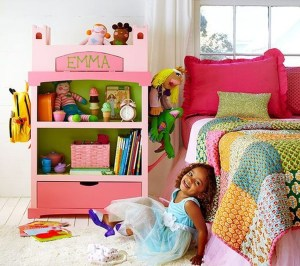Cozy Bookcase Ideas For Kids Room 46