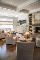 Cozy Interior Design Ideas For Living Room That Look Relax 38