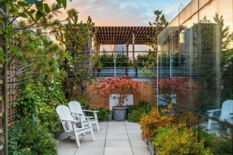 Stunning Roof Terrace Decorating Ideas That You Should Try 11