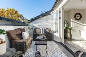 Stunning Roof Terrace Decorating Ideas That You Should Try 28