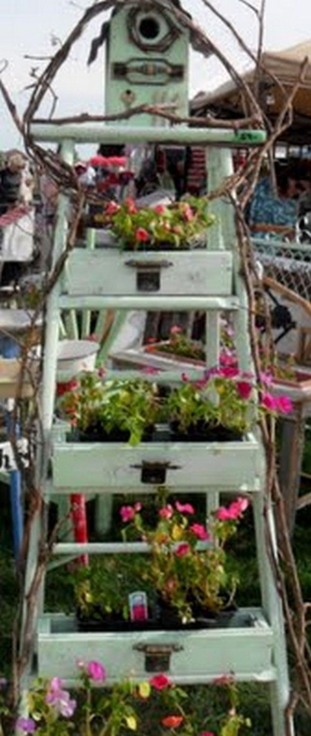 Unique Old Furniture Repurposing Ideas For Yard And Garden 17