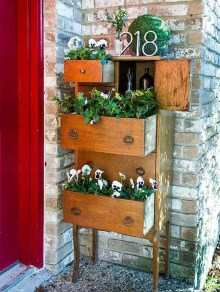 Unique Old Furniture Repurposing Ideas For Yard And Garden 20