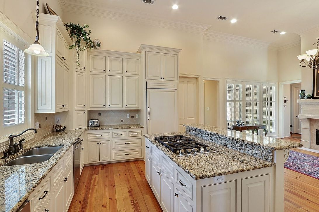 Brilliant Kitchen Set Design Ideas That You Must Try In Your Home 15