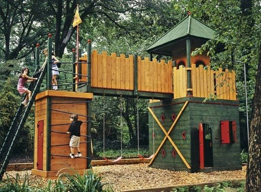 Captivating Treehouse Ideas For Children Playground 19